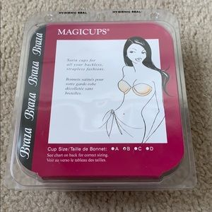 Magicups Braza Cups for Strapless Clothing NWT